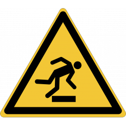 W007 : Danger, trébuchement